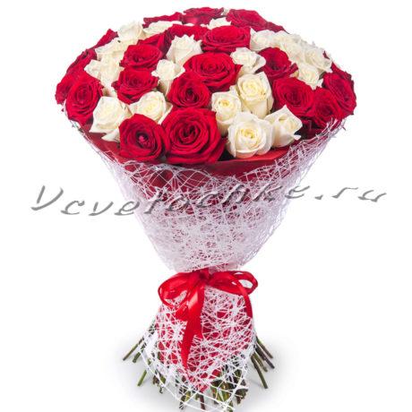 доставка цветов Москва, цветы Москва, купить цветы в Москве, цветы недорого Москва, заказать цветы Москва, цветы, Москва, доставка, роза, белая роза, красная роза, 45 роз, букет