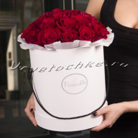 доставка цветов Москва, цветы Москва, купить цветы в Москве, цветы недорого Москва, заказать цветы Москва, цветы, Москва, доставка, букет, шляпная коробка, коробка, шляпная коробка цветов, коробка цветов, роза, красные розы, коробка роз