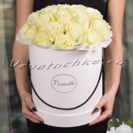 доставка цветов Москва, цветы Москва, купить цветы в Москве, цветы недорого Москва, заказать цветы Москва, цветы, Москва, доставка, букет, шляпная коробка, коробка, шляпная коробка цветов, коробка цветов, роза, белые розы, коробка роз
