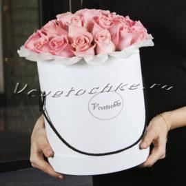 доставка цветов Москва, цветы Москва, купить цветы в Москве, цветы недорого Москва, заказать цветы Москва, цветы, Москва, доставка, букет, шляпная коробка, коробка, шляпная коробка цветов, коробка цветов, роза, розовые розы, коробка роз