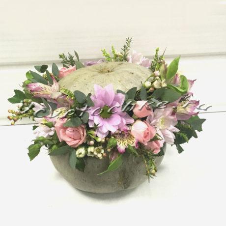 доставка цветов Москва, цветы Москва, купить цветы в Москве, цветы недорого Москва, заказать цветы Москва, цветы, Москва, доставка, букет, хризантема, кустовая хризантема, роза, кустовая роза, альстромерия, композиция, тыква