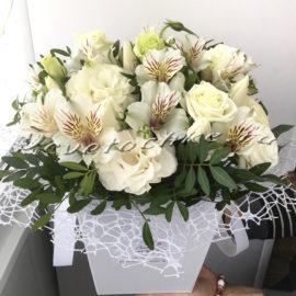 доставка цветов Москва, цветы Москва, купить цветы в Москве, цветы недорого Москва, заказать цветы Москва, цветы, Москва, доставка, букет, композиция, альстромерия, тюльпаны, белые тюльпаны, эустома, белая эустома
