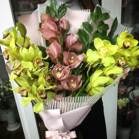 доставка цветов Москва, цветы Москва, купить цветы в Москве, цветы недорого Москва, заказать цветы Москва, цветы, Москва, доставка, букет, орхидея, букет орхидей, зеленая орхидея, розовая орхидея
