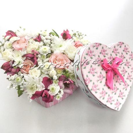 доставка цветов Москва, цветы Москва, купить цветы в Москве, цветы недорого Москва, заказать цветы Москва, цветы, Москва, доставка, букет, композиция, сердце, композиция сердце, альстромерия, роза, роза кустовая, хризантема, хризантема кустовая