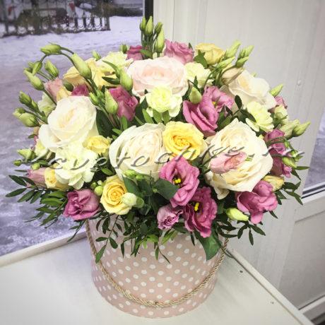 доставка цветов Москва, цветы Москва, купить цветы в Москве, цветы недорого Москва, заказать цветы Москва, цветы, Москва, доставка, букет, роза, кустовая роза, гвоздика, кустовая гвоздика, роза пионовидная, эустома, шляпная коробка, короба, коробка цветов