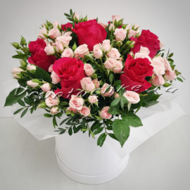 доставка цветов Москва, цветы Москва, купить цветы в Москве, цветы недорого Москва, заказать цветы Москва, цветы, Москва, доставка, букет, коробка, коробка цветов, шляпная коробка, роза, кустовая роза, коробка роз