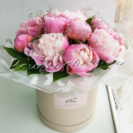 доставка цветов Москва, цветы Москва, купить цветы в Москве, цветы недорого Москва, заказать цветы Москва, цветы, Москва, доставка, шляпная коробка, пионы, букет из пионов, коробка пионов, купить пионов