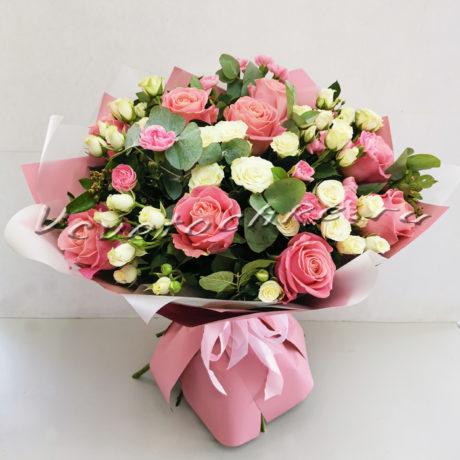 доставка цветов Москва, цветы Москва, купить цветы в Москве, цветы недорого Москва, заказать цветы Москва, цветы, Москва, доставка, роза, кустовая роза, гвоздика, кустовая гвоздика, эвкалипт
