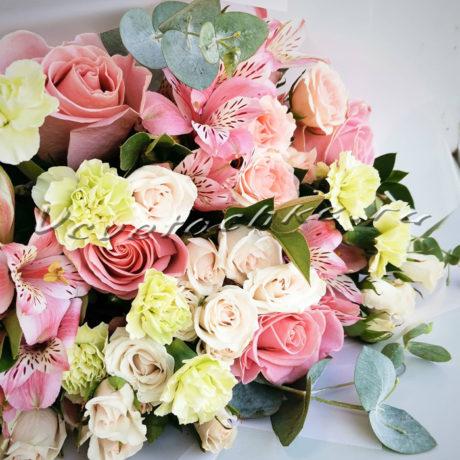 доставка цветов Москва, цветы Москва, купить цветы в Москве, цветы недорого Москва, заказать цветы Москва, цветы, Москва, доставка, роза, кустовая роза, гвоздика, кустовая гвоздика, эвкалипт, альстромерия